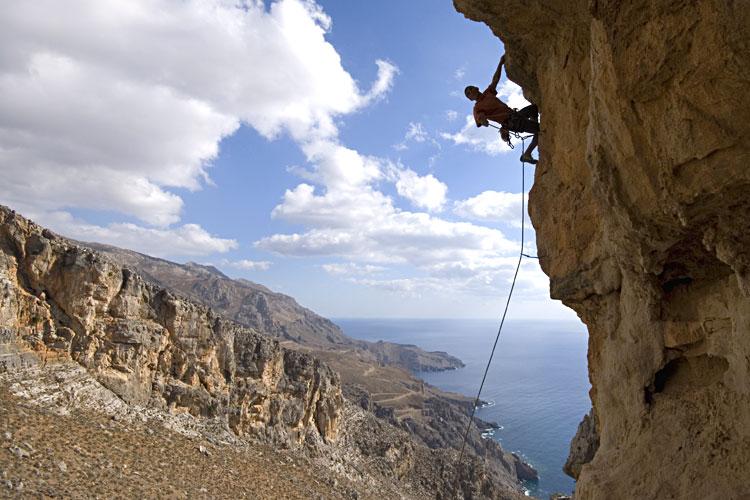 Escalade en falaise, sécurité